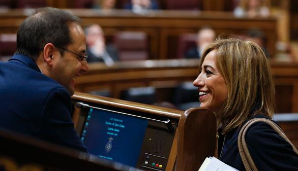 El PSOE desliga de Sánchez la decisión de Chacón