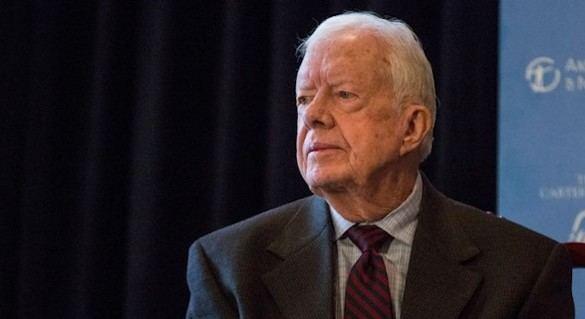 El expresidente Carter anuncia que el cáncer se le ha extendido al cerebro
