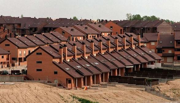 La compraventa de vivienda encadena un año al alza