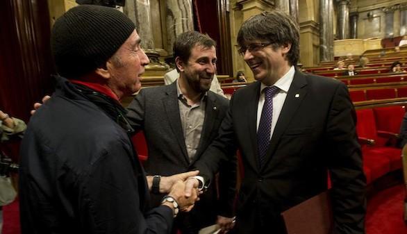 El Parlamento catalán aprueba la tramitación exprés de las leyes de