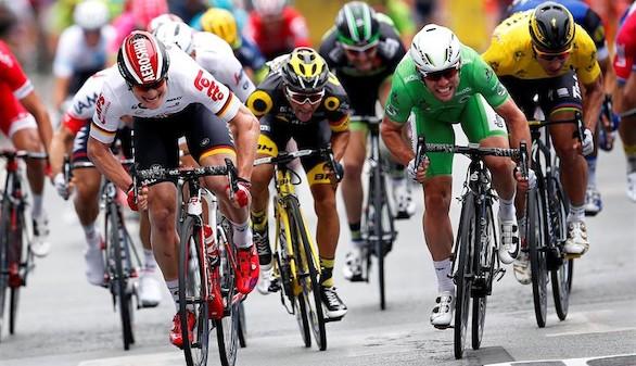 Doblete de Cavendish, que iguala las 28 etapas de Hinault