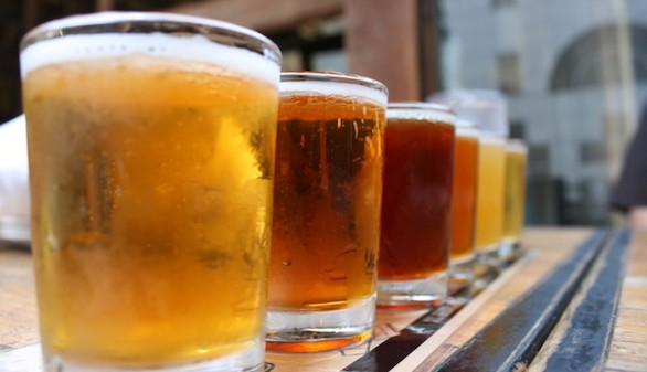 Los españoles consumen casi diez litros de alcohol puro al año