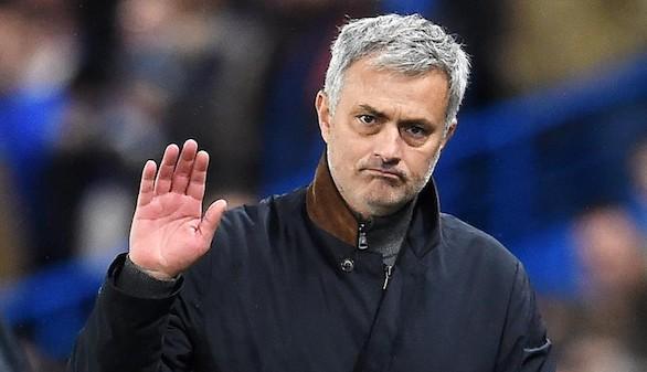 El Chelsea obedece a Mourinho para eliminar a Casillas   2-0