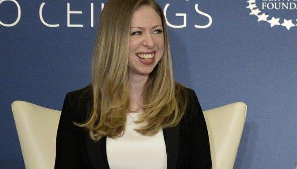 Chelsea Clinton espera su segundo hijo