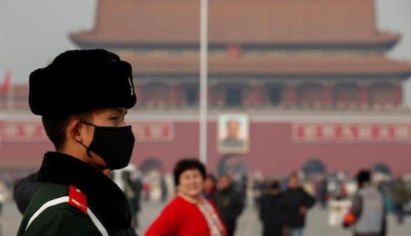 Pekín se despide del cielo y afronta la segunda alerta roja por contaminación