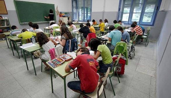 El Gobierno aprueba 385 millones para mejorar la calidad de la educación en las CCAA