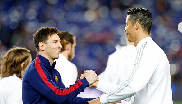 El invicto, lo único en juego para Barcelona y Real Madrid en el Clásico final de Iniesta