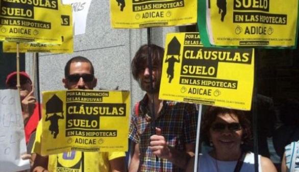 Bruselas pide a la banca que devuelva lo cobrado con las for Que pasa con las clausulas suelo