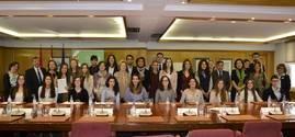 El COFM concede 25 becas a alumnos Erasmus de Farmacia de la UCM