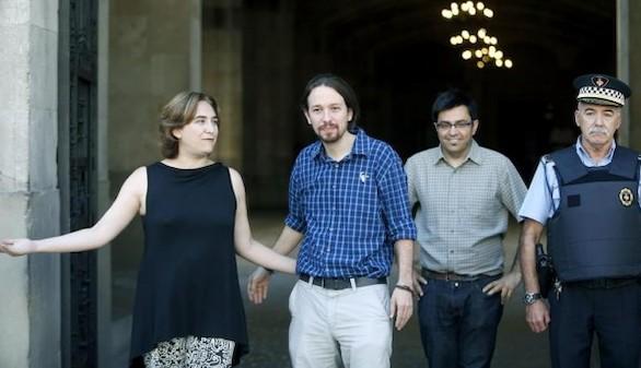 Colau asegura que el referéndum sigue siendo su propuesta para Cataluña