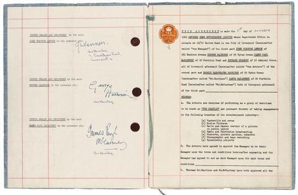 A subasta el contrato que lanzó a la fama a los Beatles