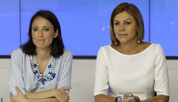 Andrea Levy y Cospedal se lanzan contra la maniobra de Puigdemont