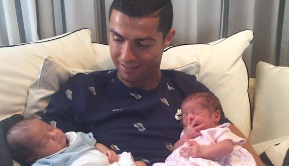 Cristiano Ronaldo confirma los rumores y estrena doble paternidad: