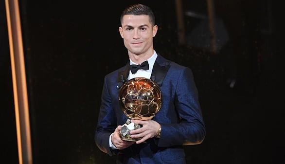 Cristiano Ronaldo gana su quinto Balón de Oro e iguala a Messi