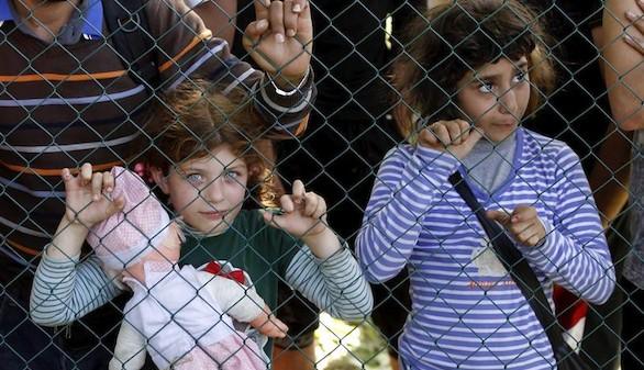 La ola de refugiados desborda a las autoridades croatas
