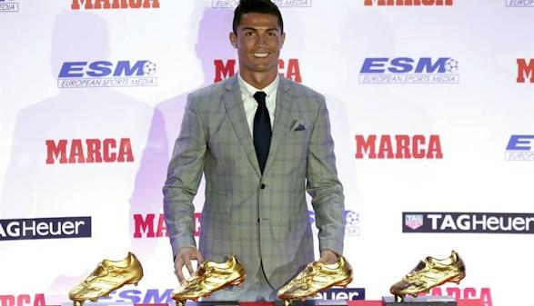 6c96018186 Cristiano Ronaldo recibe su cuarta Bota de Oro pensando ya en la quinta.  Ampliar