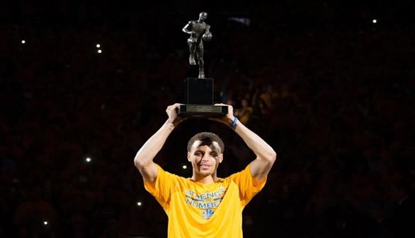 Histórico Curry: primer MVP de la NBA elegido por unanimidad