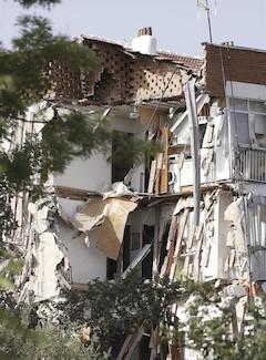 Se derrumba un edificio de viviendas en Madrid sin dejar ningún herido