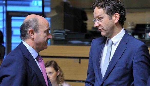 Dijsselbloem gana a De Guindos la Presidencia del Eurogrupo