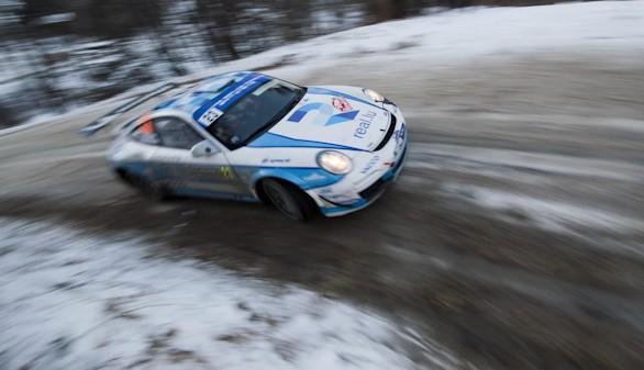 Romain Dumas gana con Porsche su categoría en Montecarlo