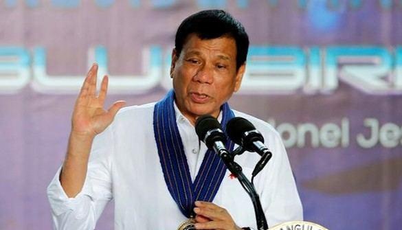 El presidente filipino, acusado de ordenar atentados y asesinatos