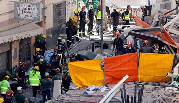 Recuperan otro cuerpo entre los escombros de Tenerife