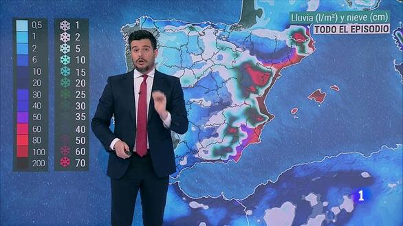 Martín Barreriro comenta la previsión de precipitaciones debidas a la borrasca 'Gloria'.