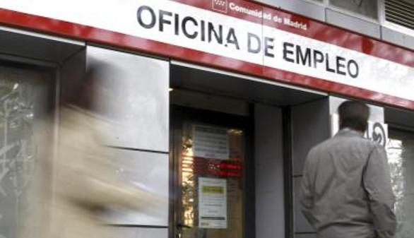 Empresarios y autónomos piden un Gobierno para frenar el aumento del paro