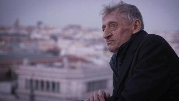 El actor Enrique San Francisco lleva dos semanas ingresado con neumonía bilateral
