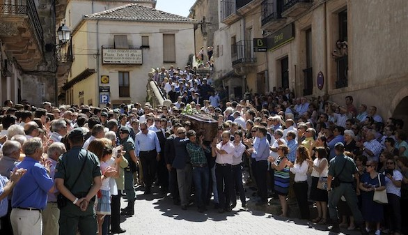 Víctor Barrio da su última vuelta al ruedo en un emotivo funeral