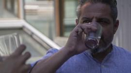 """Jalis de la Serna """"se bebe"""" el aire de Melbourne en 'Enviado especial'."""
