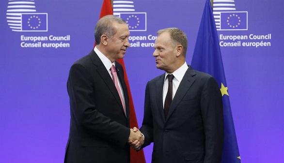 La UE ofrece a Turquía más apoyo económico a cambio de la contención de los refugiados