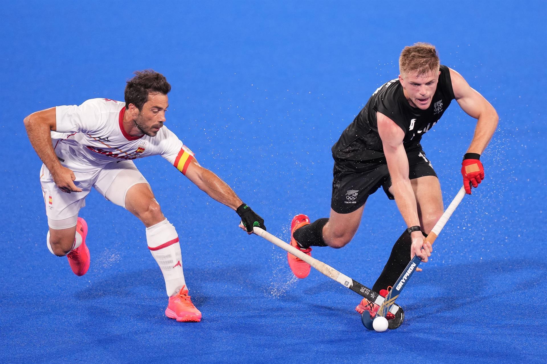 España se complica ante Nueva Zelanda |3-4