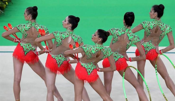 España da un aviso y supera a Rusia en la ronda previa de conjuntos