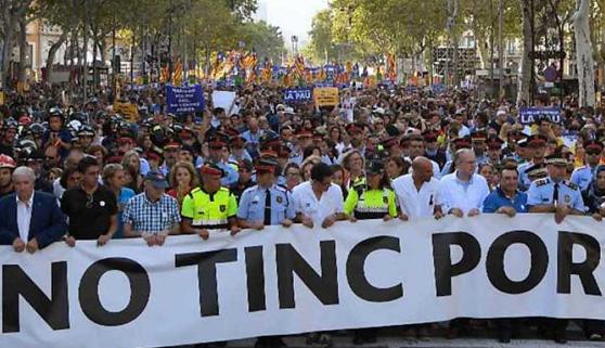 Sábado. La marcha antiterrorista destaca en la tarde, pero no puede con el cine