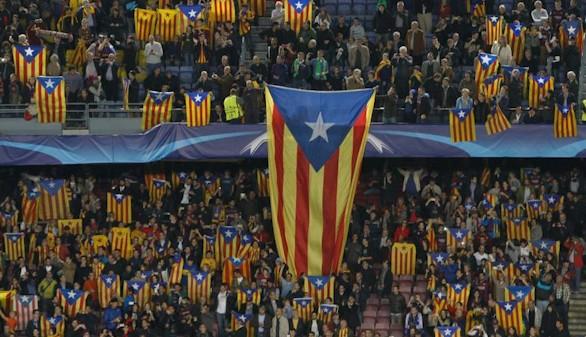La UEFA vuelve a multar al Barcelona por exhibir esteladas