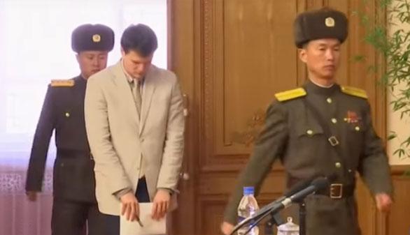 Robar un cartel en Pyongyang, 15 años de trabajos forzados