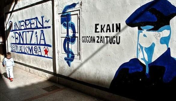ETA vota un documento que propone su final