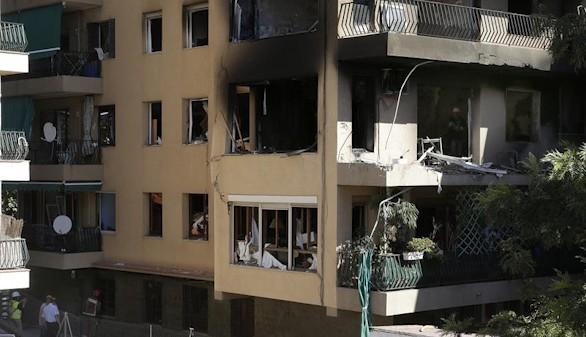 Un muerto y 17 heridos en una explosión en un piso de Premiá de Mar