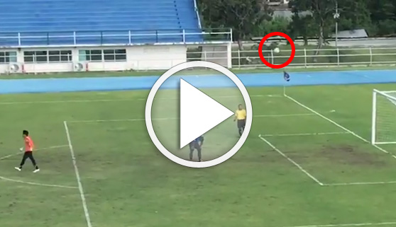 Vídeos virales. El extraño penalti de un campeonato amateur tailandés