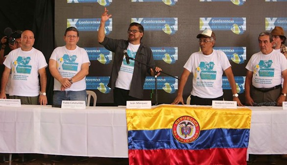 Las FARC ratifican el acuerdo y ponen fin a 52 años de lucha armada