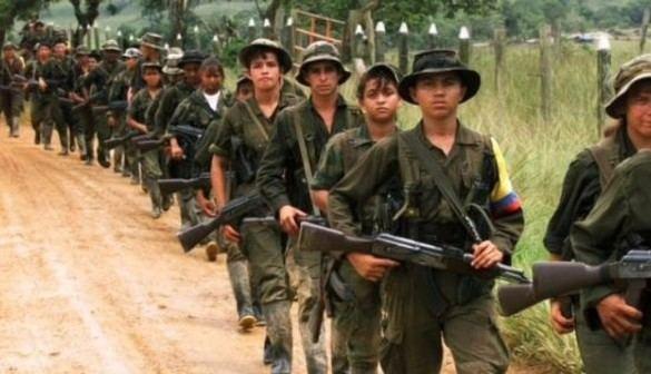 Las FARC anuncian un alto el fuego unilateral de un mes