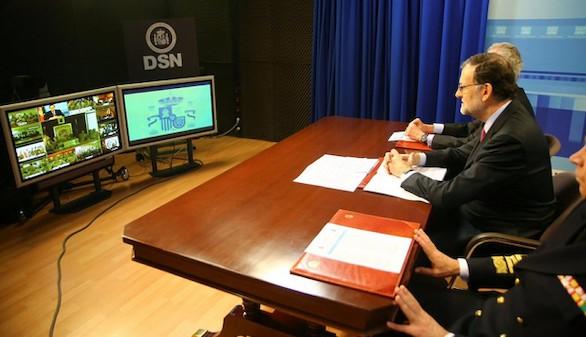 Rajoy felicita a las tropas instando a la unidad de