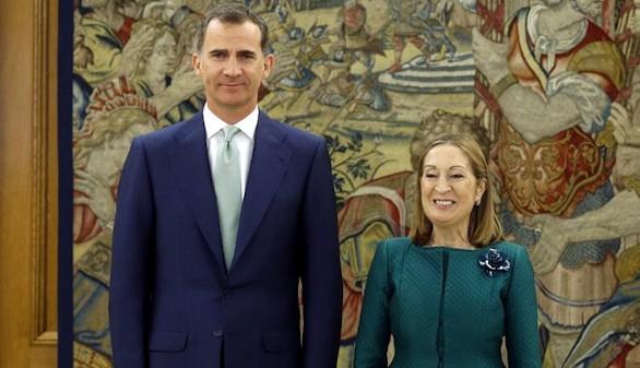 Ana Pastor aborda con Felipe VI el calendario de investidura