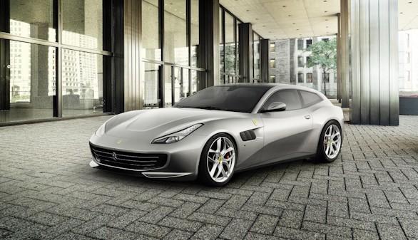 Nuevo Ferrari GTC4Lusso T: agilidad y emoción al volante