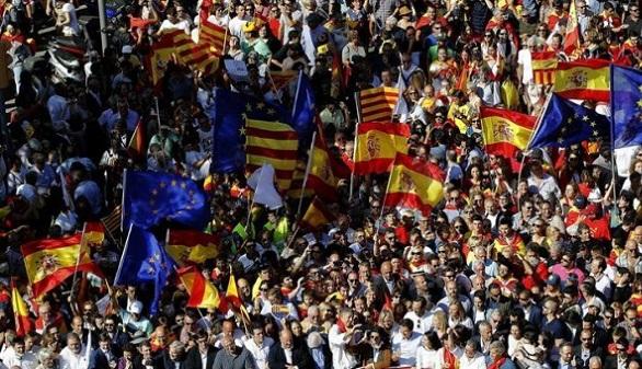 Fitch sube la calificación de España a un nivel previo a la crisis