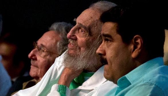 Fidel reaparece junto a Nicolás Maduro en su 90 cumpleaños