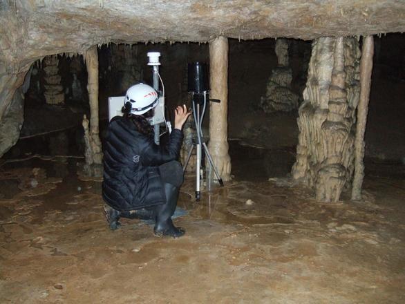 Científicos españoles afirman que las cuevas reducen el metano