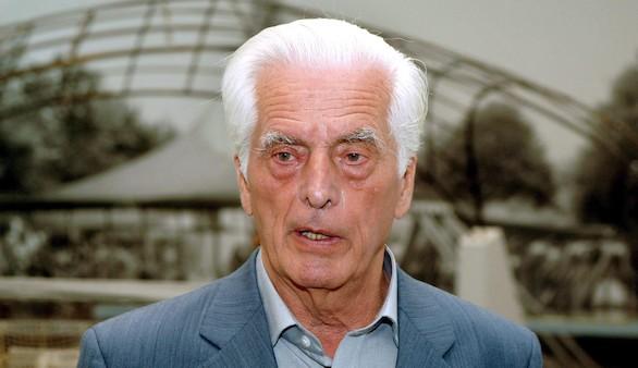 Fotografía de archivo del 25 de mayo de 2005 del arquitecto alemán Frei Otto en Múnich (Alemania). Efe