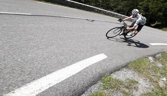 La Vuelta. Froome vuela en la crono y se queda a 1'21